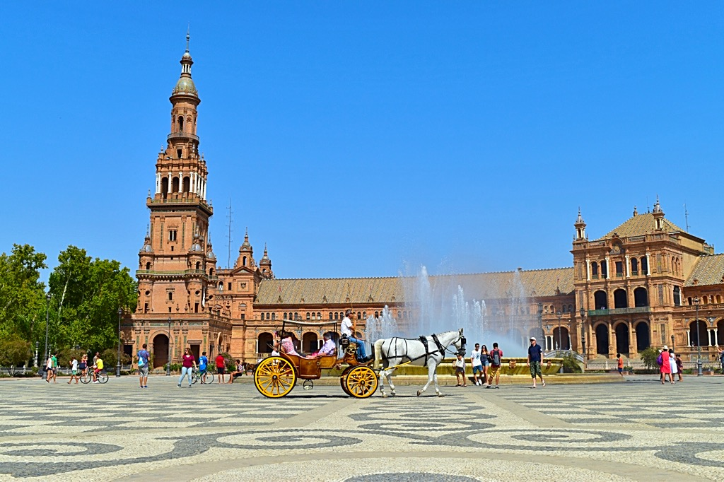 Picture of Plaza de Espana Fountain