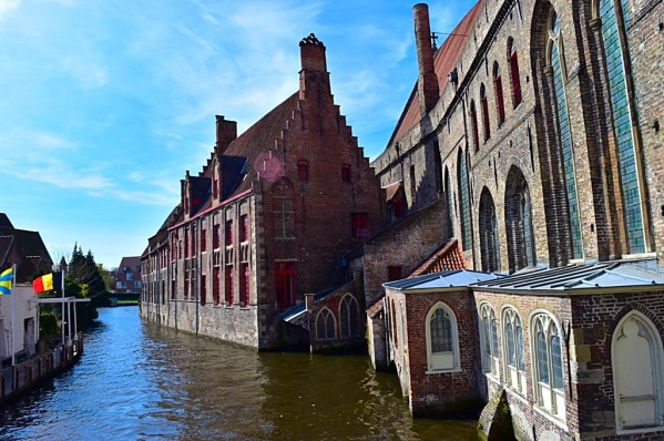 Picture of a canal in Bruges Belgium